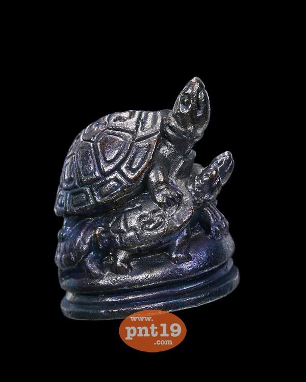 เต่าซ้อนเต่า รุ่น1 เนื้อทองแดงรมดำ หลวงพ่อรุ่ง สำนักสงฆ์ท่าไม้ลาย